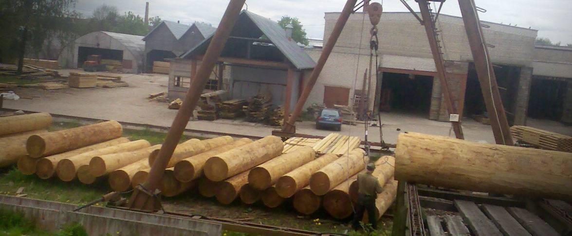 Écorçage du bois et de la préparation pour la coupe